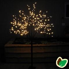 Julebelysning - lystræer - Snebær træ
