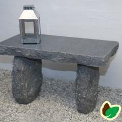 Granitbænk 75 cm.